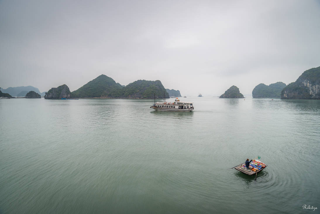 good morning Vietnam - Ha Long bay by Rikitza