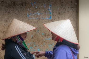 good morning Vietnam - talking hats by Rikitza