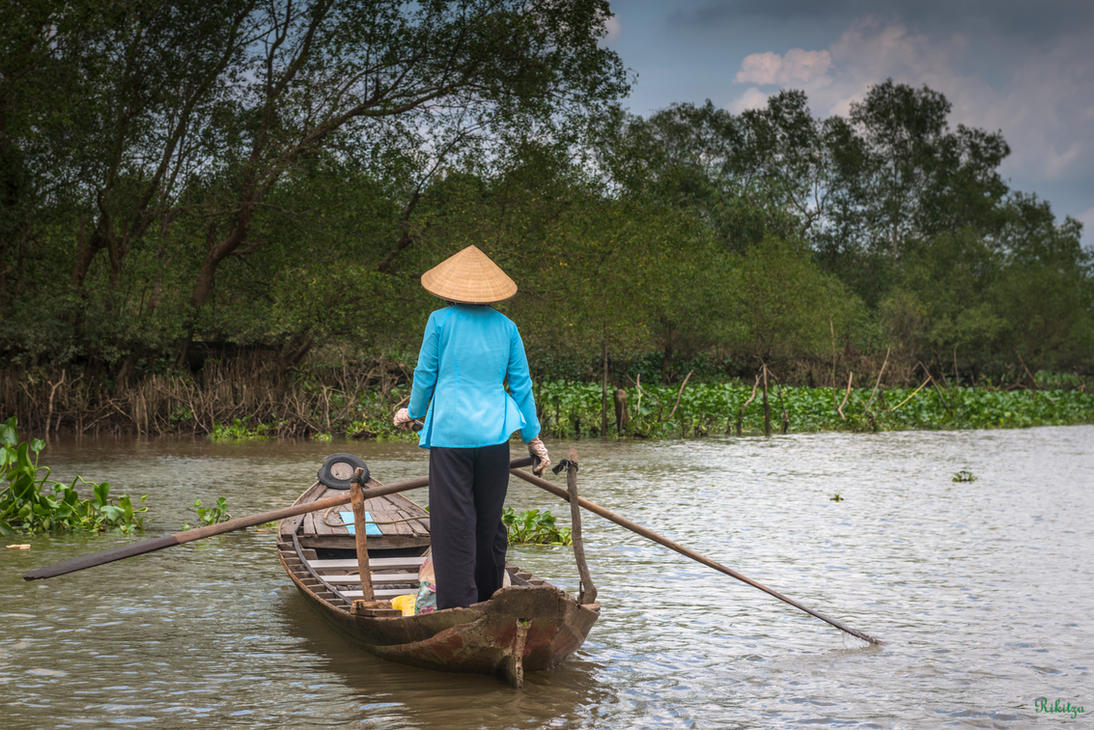 Good morning Vietnam - Navigating MeKong delta by Rikitza