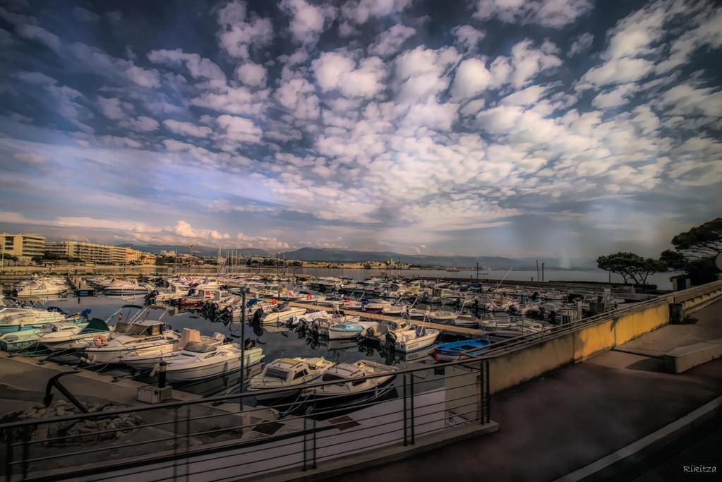 sweet Cote d'Azur - Antibes vue by Rikitza
