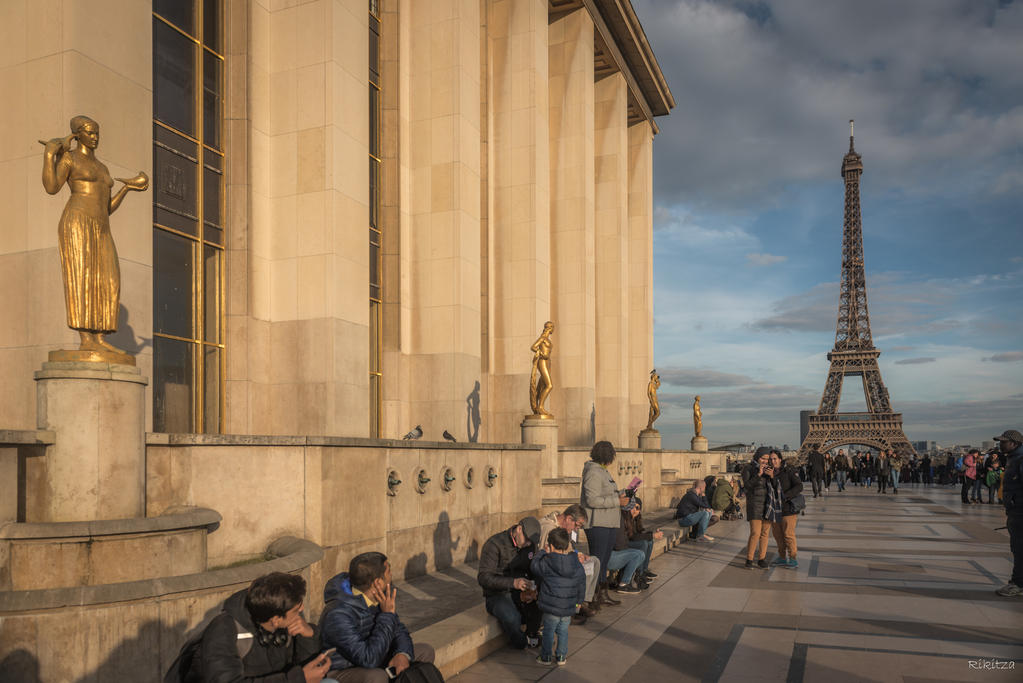 Paris the city of lights - golden hours at tower by Rikitza