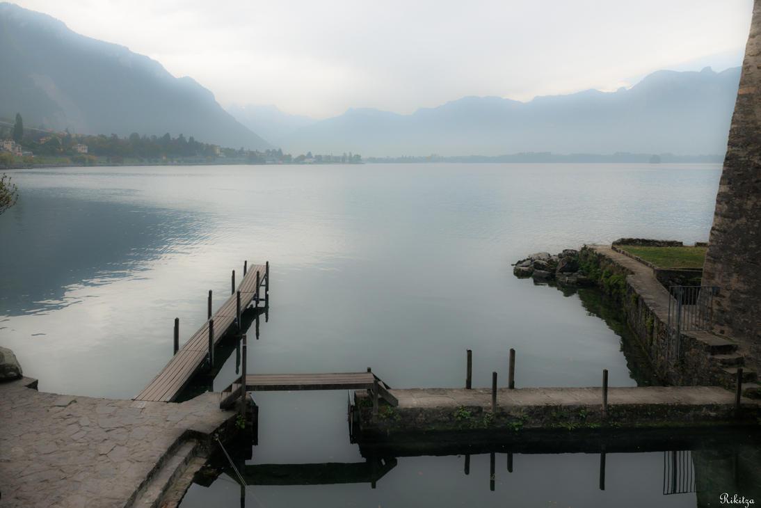 Geneva I love - the lake near the castle by Rikitza
