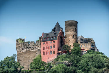 along the Rhein - castle on the banks by Rikitza