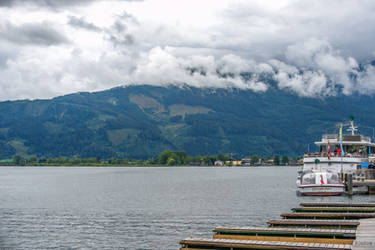 on the lake in Zell am See by Rikitza