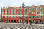 round life in Nice by Rikitza