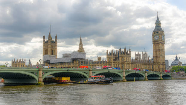 Monumental look on the Thames