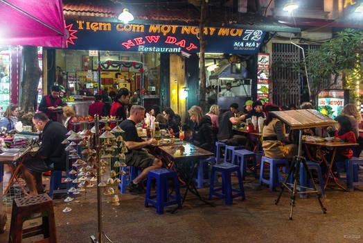 good morning Vietnam - street restaurant in Hanoi