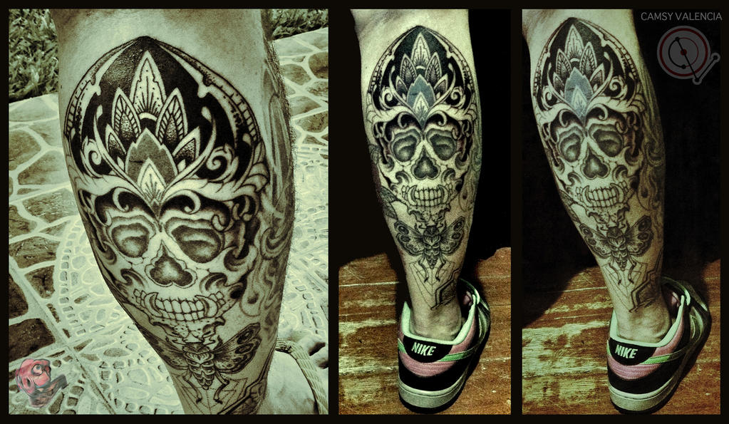 Skull and Moth Leg Tattoo by camsy
