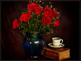 Red Roses by muffet1