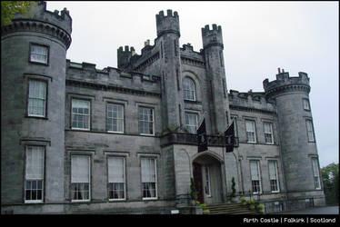 :: castle in Falkirk ::