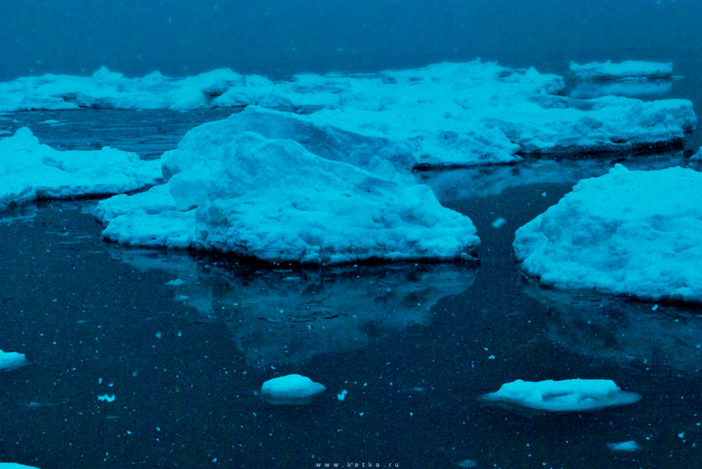 drifting ice by Ketka