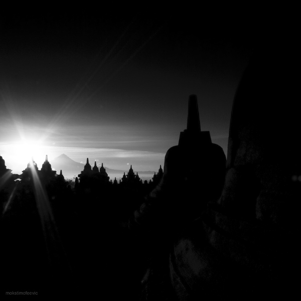 sunrise at the temple by mokskalashnikov