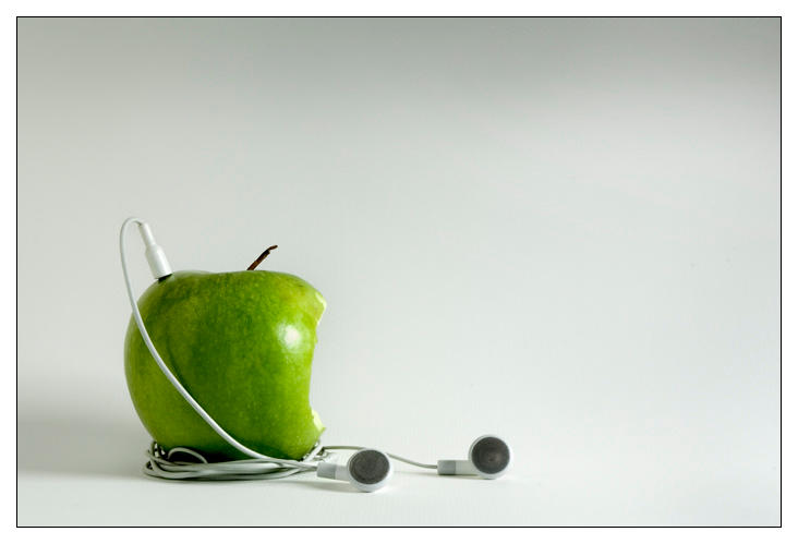 Apple iPod by Martyred