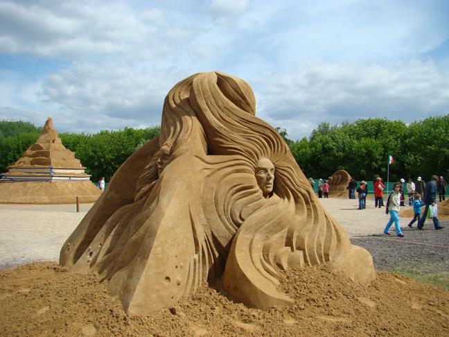 Sand sculptures 1 by MAnimeX
