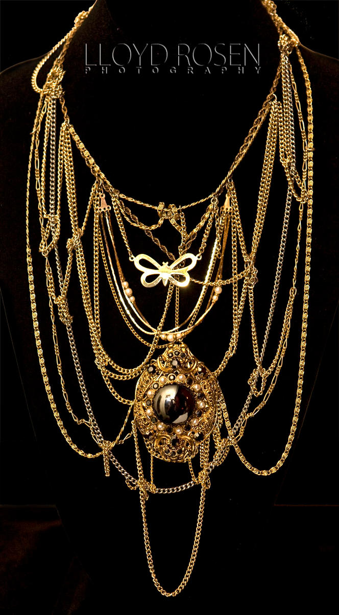 Vintage Pendant and Chainnnsss by RealRottenCandy