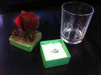 Origami Rose Box – Origami Tutorials | 250x335