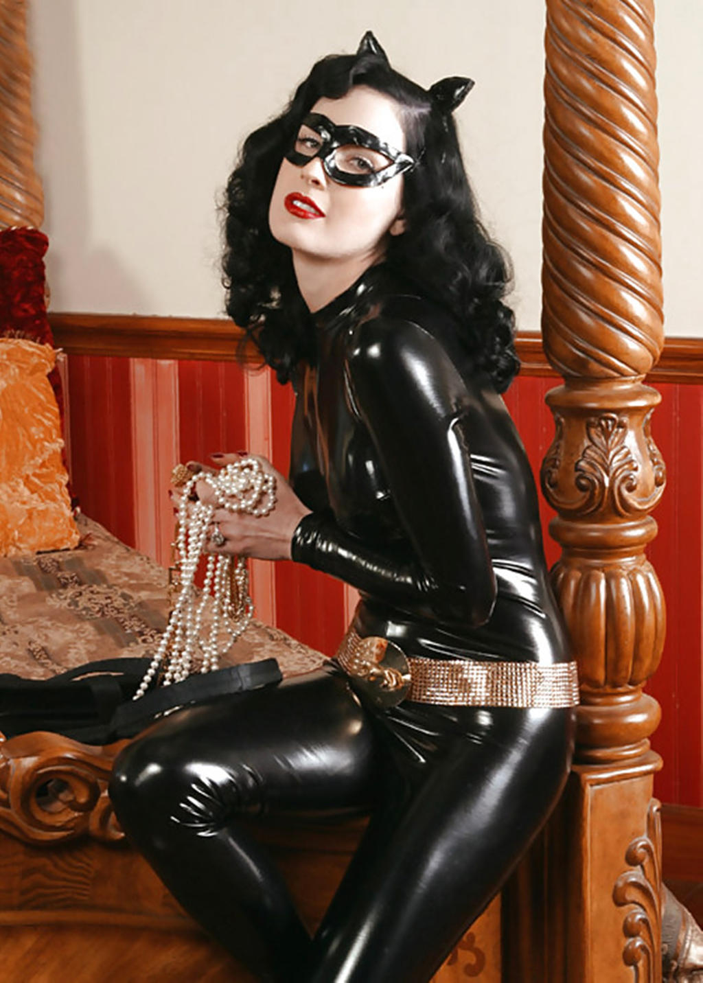 Catwoman Dita Von Teese By Joinpoint On Deviantart