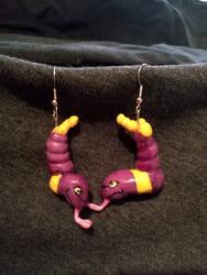 Ekans earrings