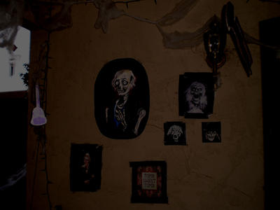 Haunted mansion decorations by Maurri