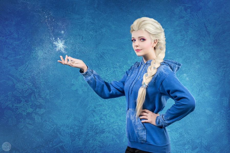 Queen Elsa by TimmyFrost