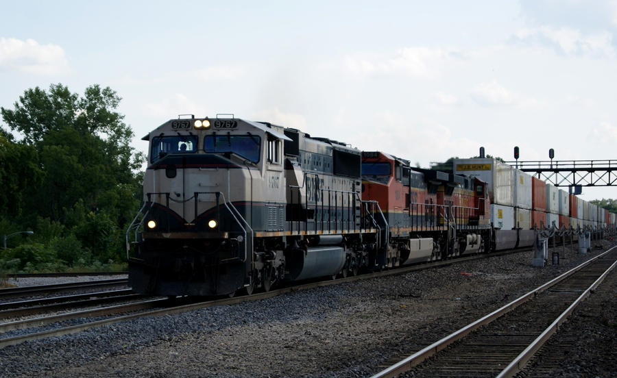 BNSF 9767 Executive by JamesT4