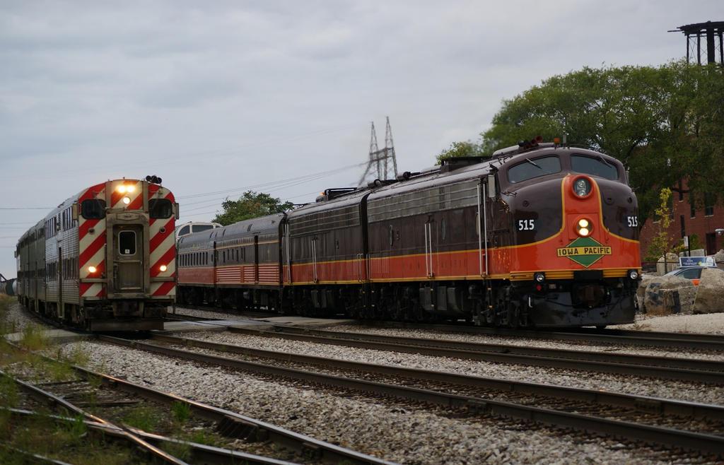 Metra Inbound, Iowa Pacific Reversing by JamesT4