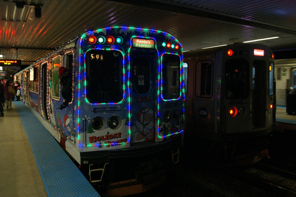 cta holiday train at howard by jamest4 - Cta Christmas Train 2014