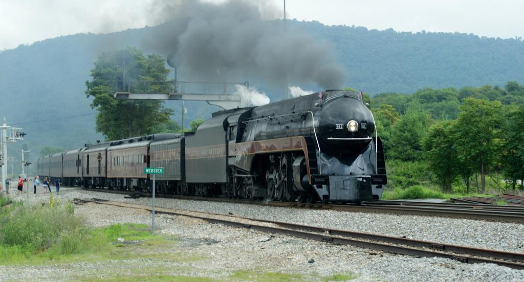 NS 958 Roanoke Bound by JamesT4