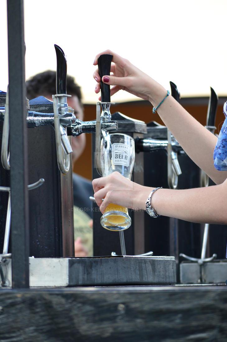 Serving beer! by Tori-Kell