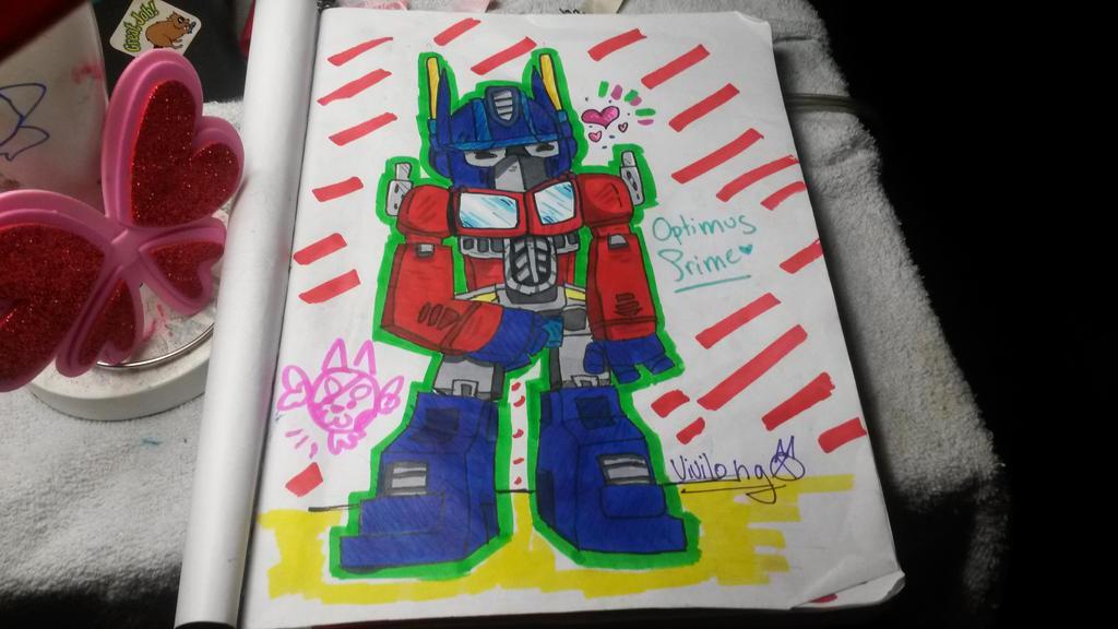 [Random Drawing]Optimus Prime by vivilong