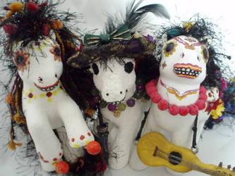 Ponies de los Muertos by KarRedRoses