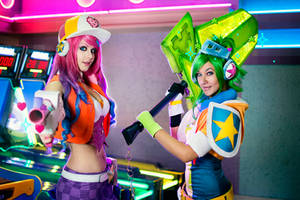 Arcade Miss Fortune and Riven - League of Legends