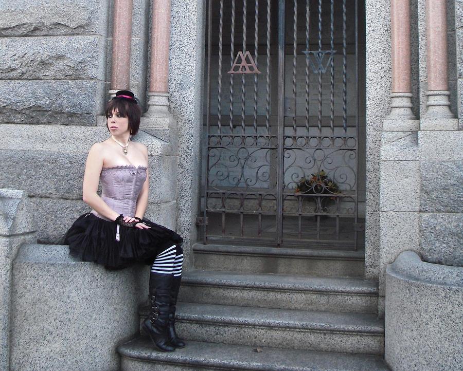 A Mausoleum For Tiny Hats by VampyreCupcake