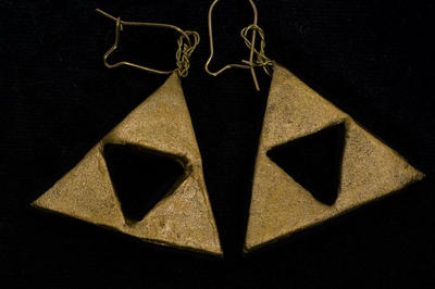 Triforce Earrings by Skogflickan