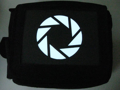 Glowing Bag - Aperture Logo2