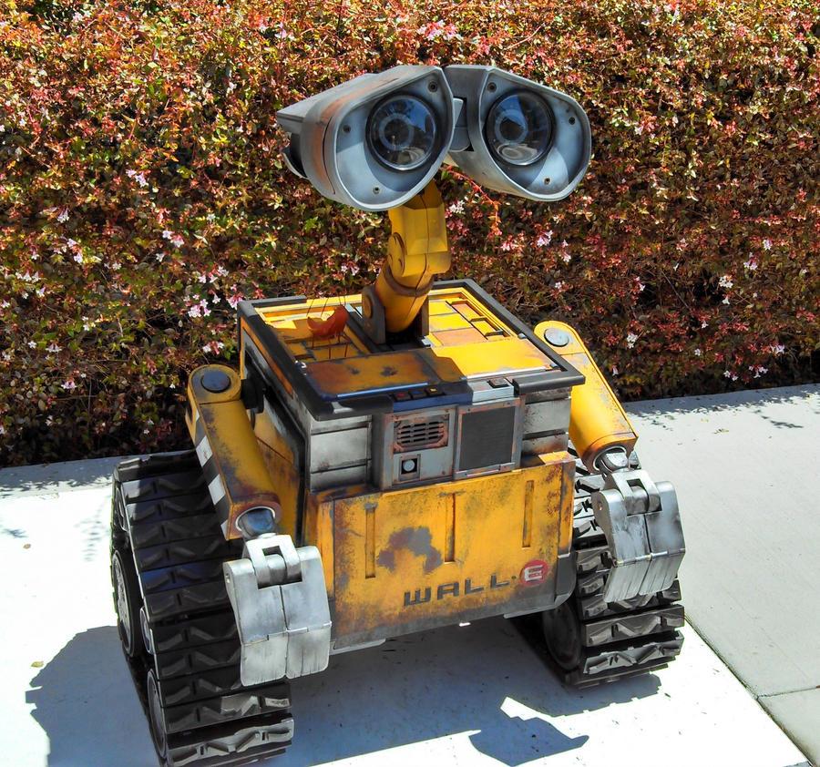 WALL-E by techgeekgirl