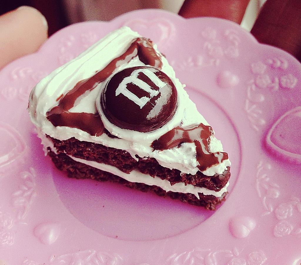 Cake charm by SprinkleChick