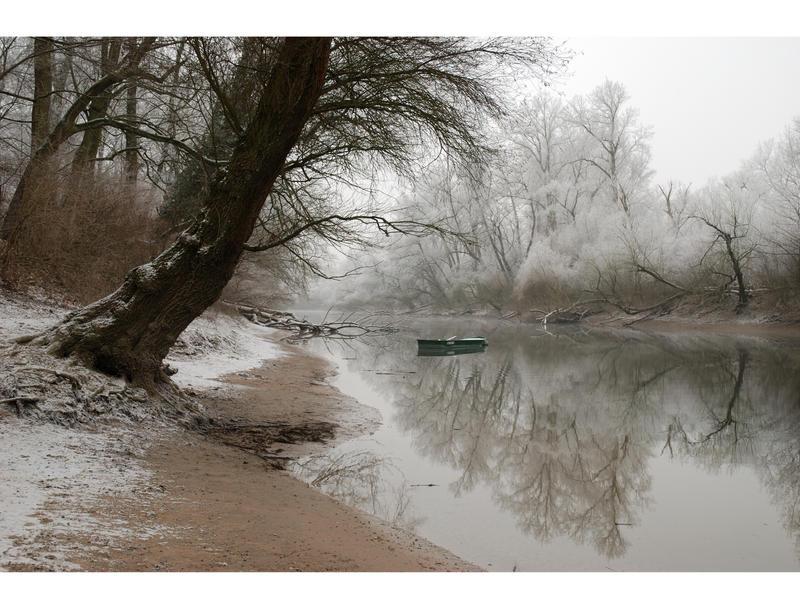 ..boat on the river.. by Gryczka