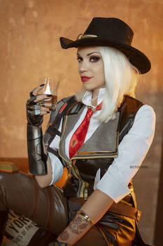 Ashe cosplay