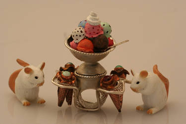 ice cream ring by houseofbrokendolls