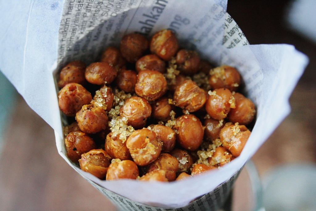 Roasted Spiced Chickpeas by sasQuat-ch