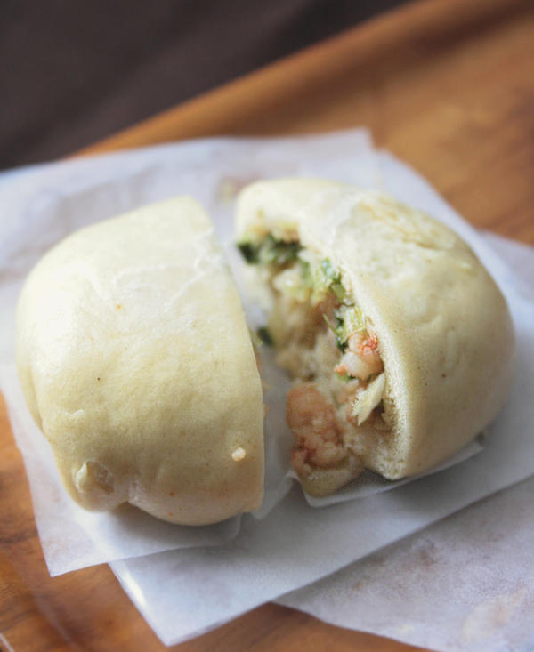 Steamed Shrimp Buns by sasQuat-ch