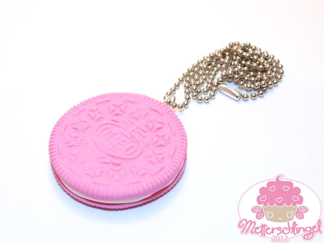 pink oreo necklace by metterschlingel on deviantart
