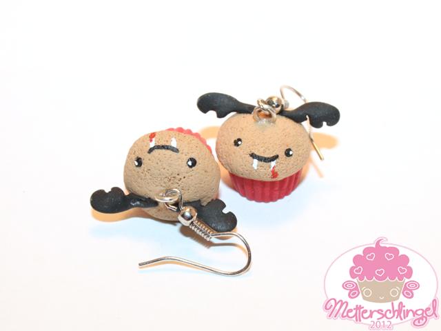 Vampire Cupcake Earrings by Metterschlingel