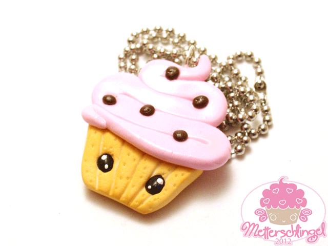Cute Cupcake Necklace by Metterschlingel
