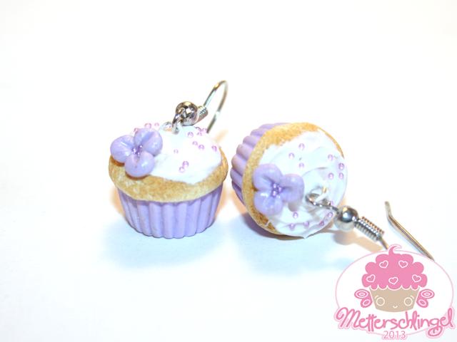 Lilac Cupcake Earrings by Metterschlingel