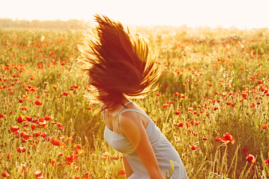 Izrazite svoja osecanja slikom - Page 17 Inhale_the_wind_in_a_breathe_by_vermichellex