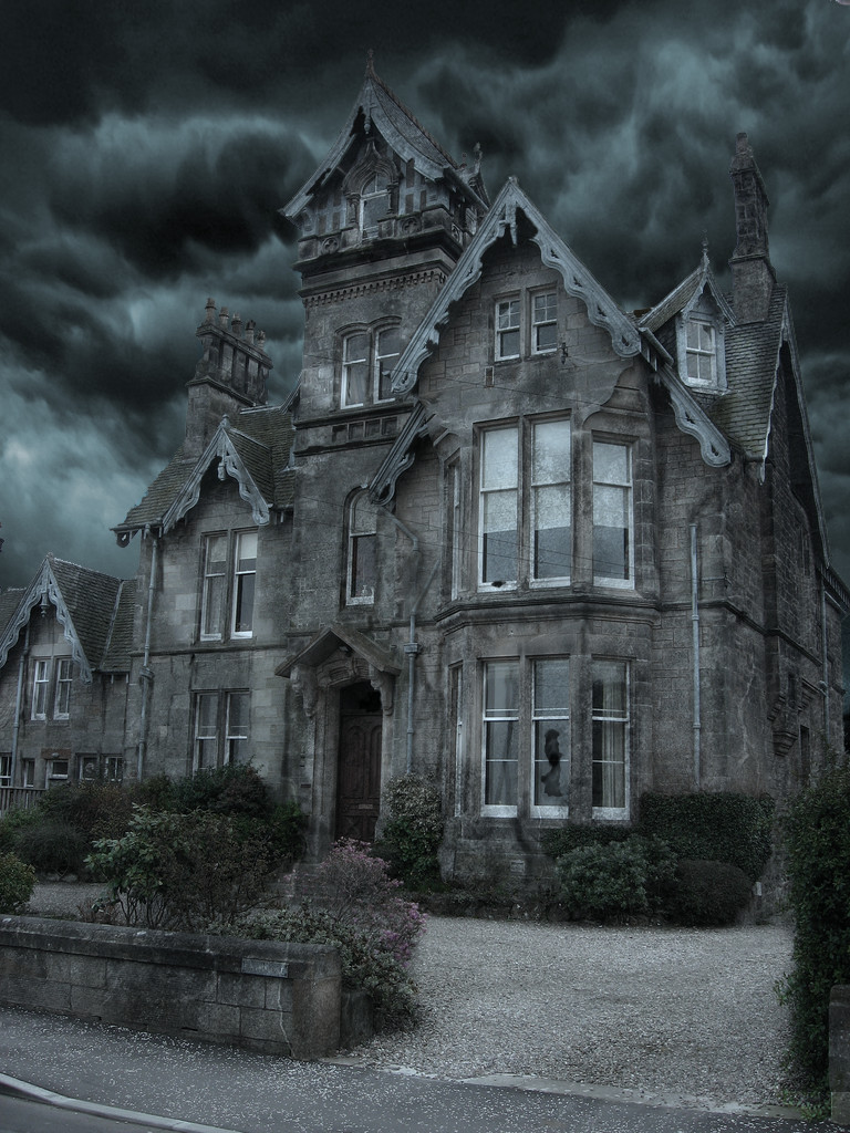 Spooky House by aladdin-boy