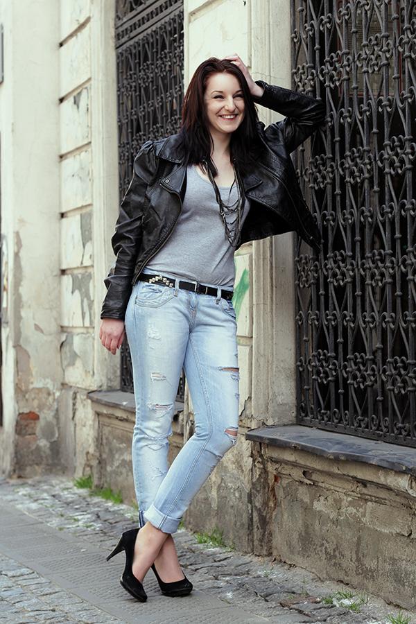 Paulina G by axy93