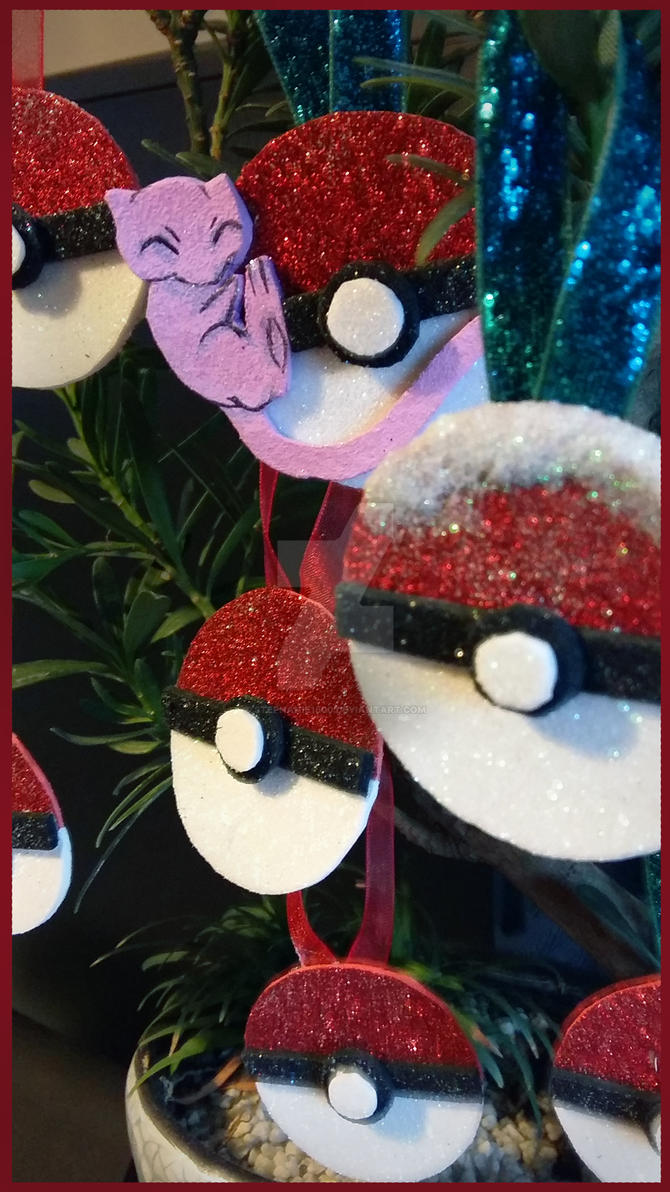 Pokeball Christmas decorations FOR SALE in my Etsy by stephanie1600